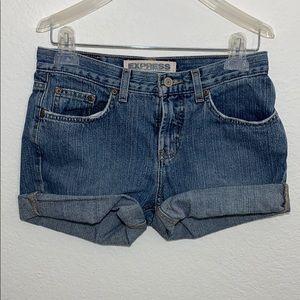 Express low rise boot cut shorts-3/4L